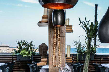 Restaurant en bord de mer avec terrasse à la Pointe rouge